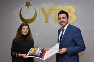 """""""YTB Türkiye Stajları"""" katılımcıları sertifikalarını aldı"""