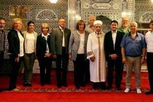 Yerel yetkililer DİTİB camisini ziyaret etti