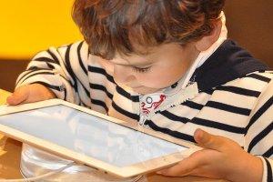 'Telefon ve tablet 'susturucu' gibi kullanılıyor'
