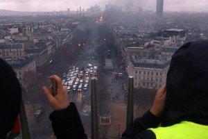 Paris'te cumartesi günü hayat duracak, 65 bin polis görev yapacak