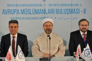 """""""İslam'ın, Avrupa İslam'ı gibi coğrafi ya da kültürel sıfatlarla konuşulması beyhude bir çabadır"""""""