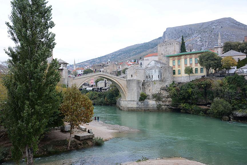 'Mostar Köprüsü ile duygusal bağımız var'