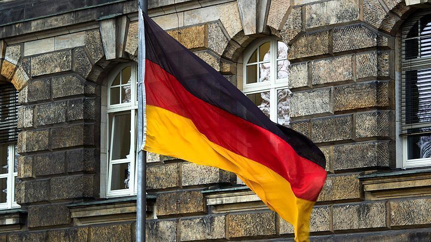 Almanya'da aşırı sağcılar 9 ayda 12 bin 613 suç işledi
