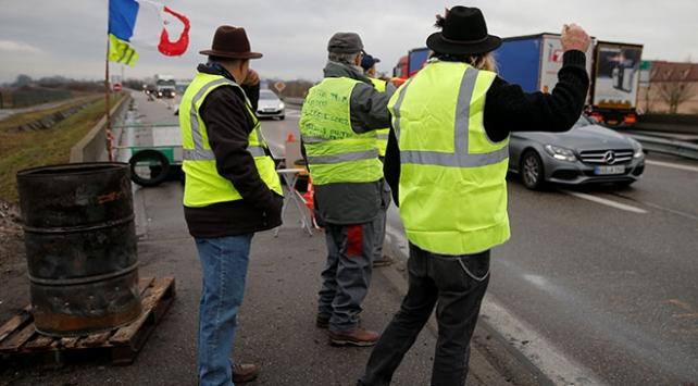 Fransa'da polis sendikasından Sarı Yelekliler'e destek
