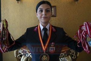 Jandarma hayali kadın halterciyi astsubay yaptı