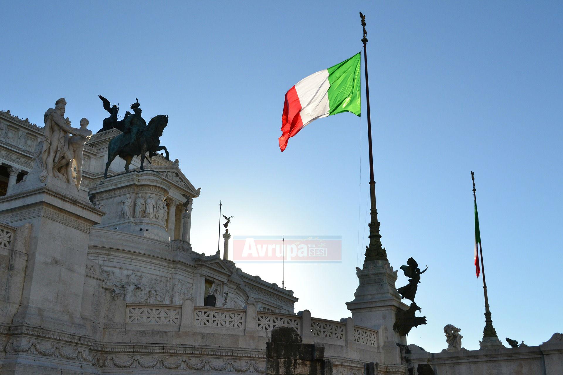 İtalyan 10 yıllık devlet tahvilleri faizi 3,5 ayın düşüğünde