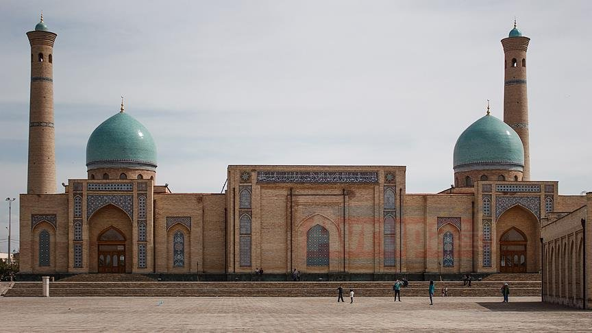 Özbekistan'dan 45 ülkenin vatandaşına vize muafiyeti