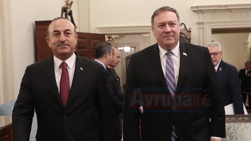 Çavuşoğlu ile Pompeo ABD'nin Suriye'den çekilme sürecini görüştü