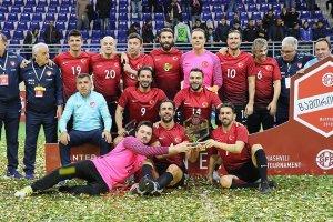 Veteran milliler Gürcistan'da şampiyon