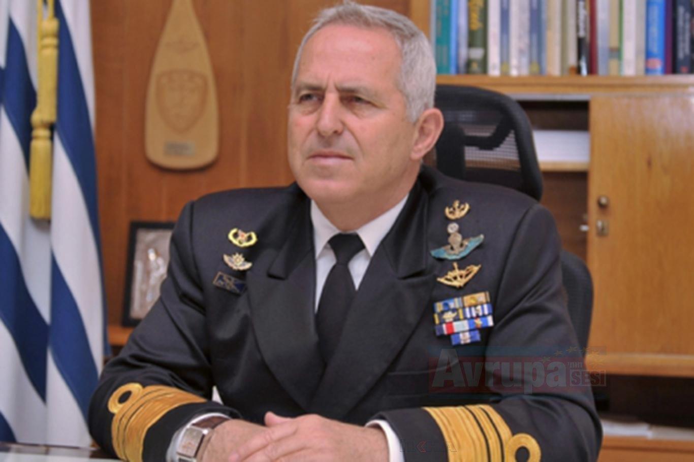 Yunanistan'da yeni Savunma Bakanı görevine başladı