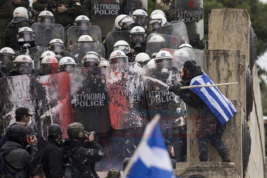 Yunanistan'da olaylı