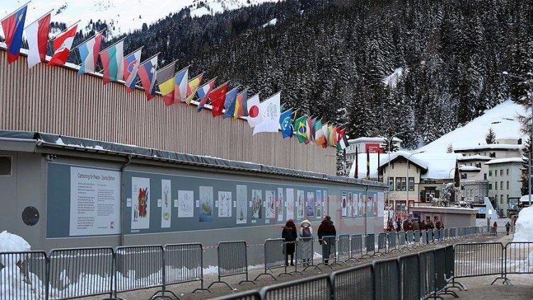 Davos Zirvesi'ne Türkiye'den iki bakan katılacak