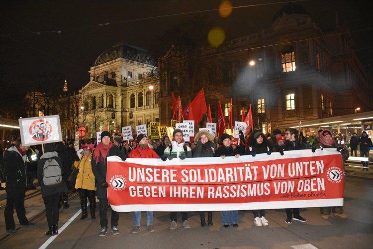 Avusturya'da aşırı sağcı parti karşıtı gösteri