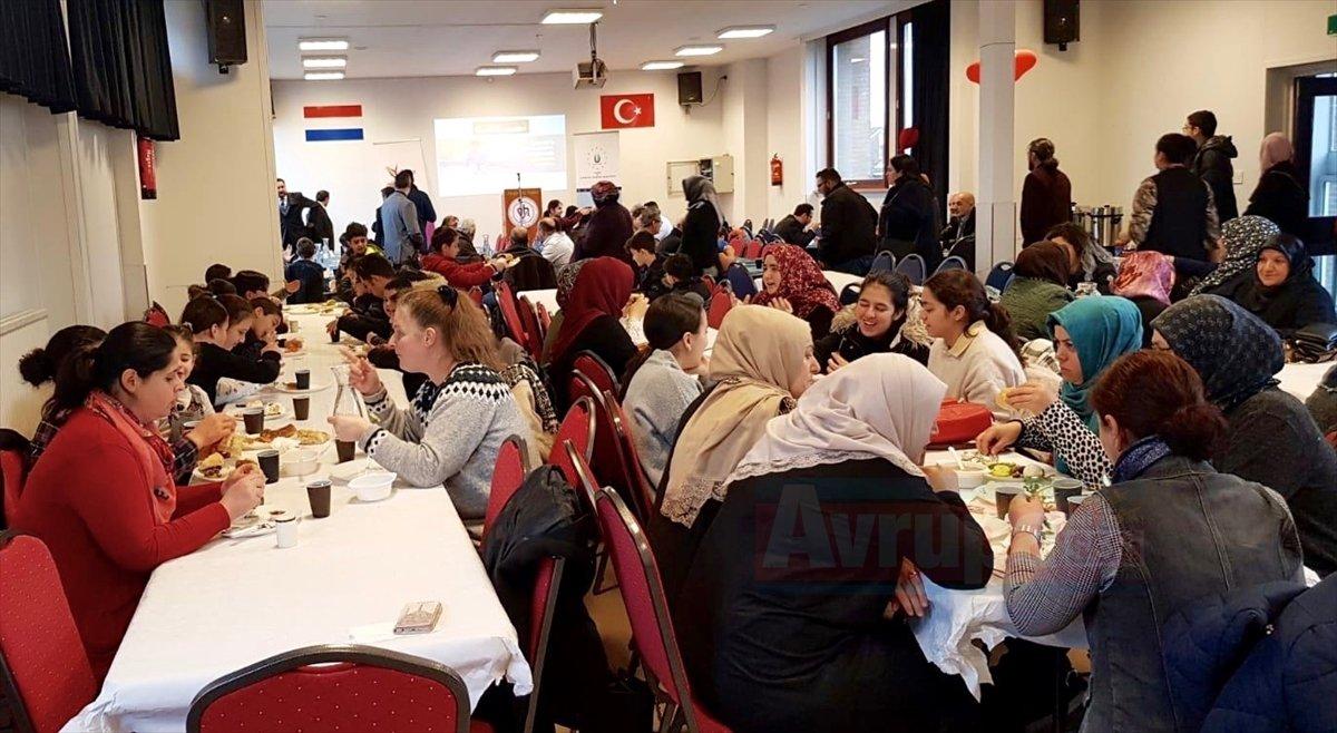 Hollanda'da Yemen'e yardım kampanyası