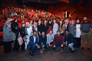 Türkiye Burslusu Öğrenciler Türkçe Tiyatro Oyununu İzledi