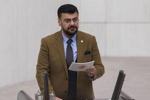 İYİ Parti Milletvekili Tamer Akkal istifa etti