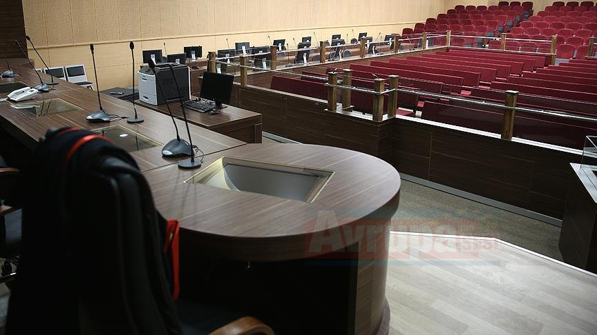 FETÖ adına yasa dışı dinleme yapan eski polislere hapis cezası
