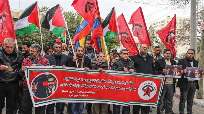 Gazze'de Venezuela lideri Maduro'ya destek gösterisi