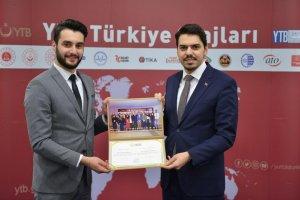 """""""YTB Türkiye Stajları"""" Katılımcıları Sertifikalarını Aldı..."""