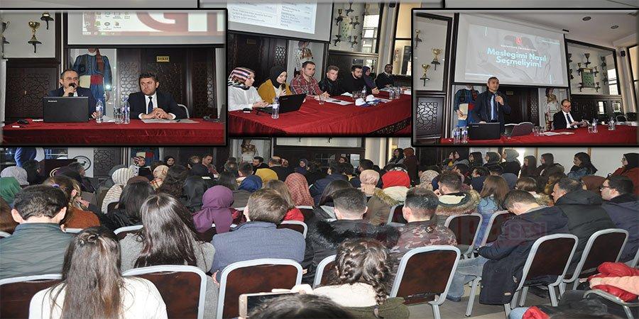 YTB Türkiye Bursları ve Türkiye Eğitimini Gümülci'nede tanıttı