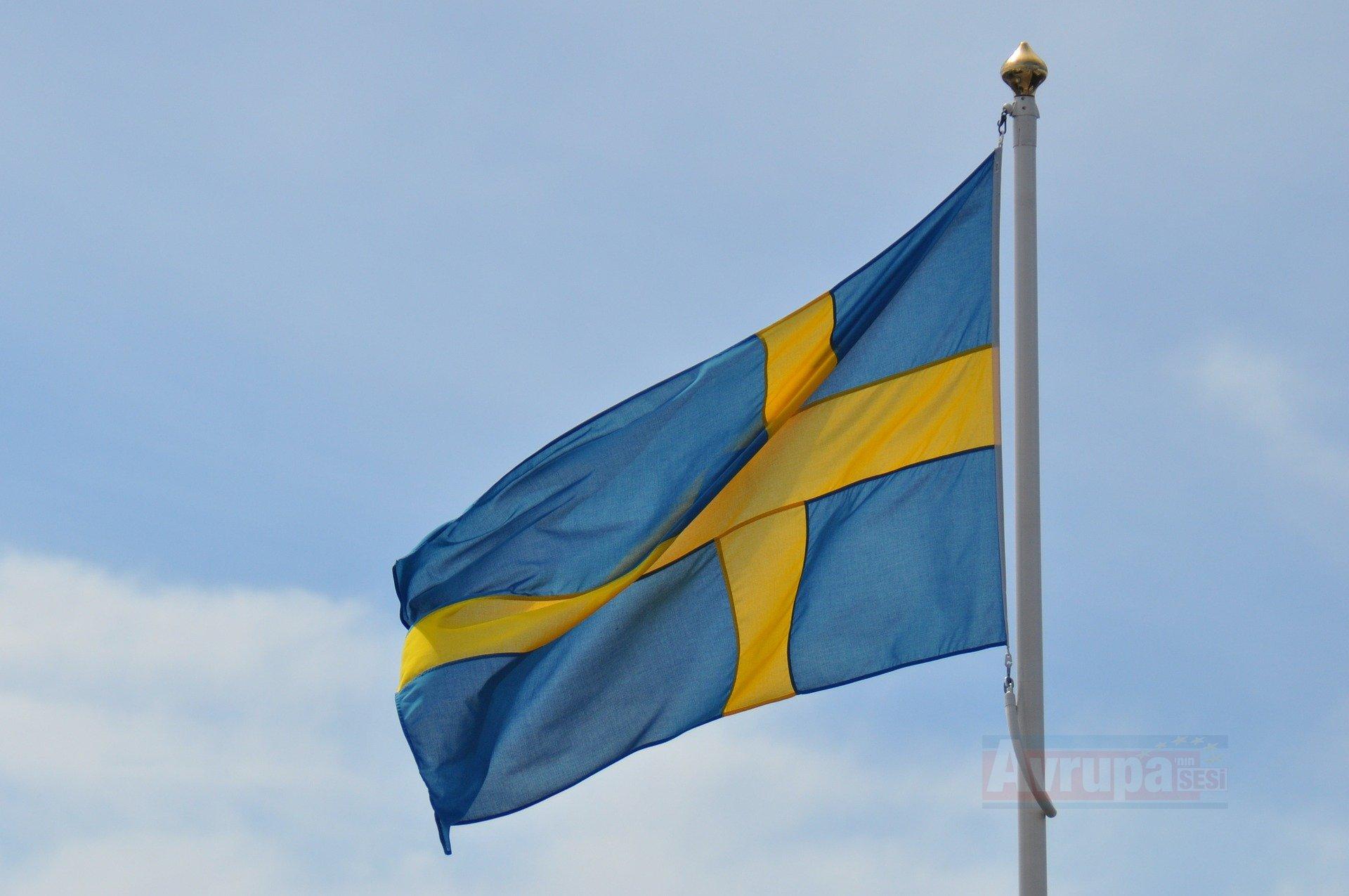 İsveçli aktivist sığınmacının sınır dışı edilmesini engellediyi için ceza aldı