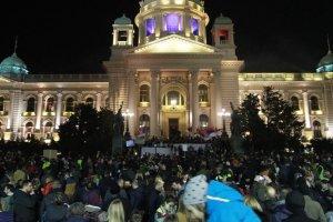 Karadağ ve Sırbistan'da başlayan hükümet karşıtı gösteriler devam ediyor