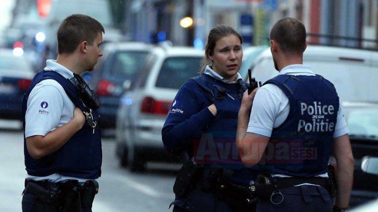 Avrupa Parlamentosunun 4 üyesine Belçika'da nükleer silah protestosundan gözaltına alındı
