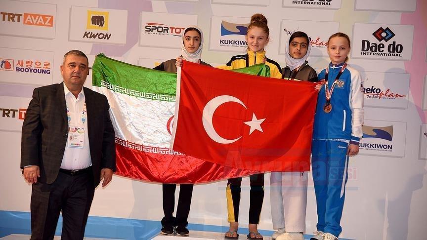 'Türk bayrağını her zaman öne çıkaracağım