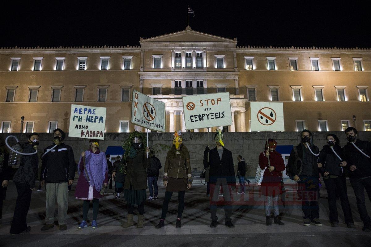 Yunanistan'da protesto devam ediyor