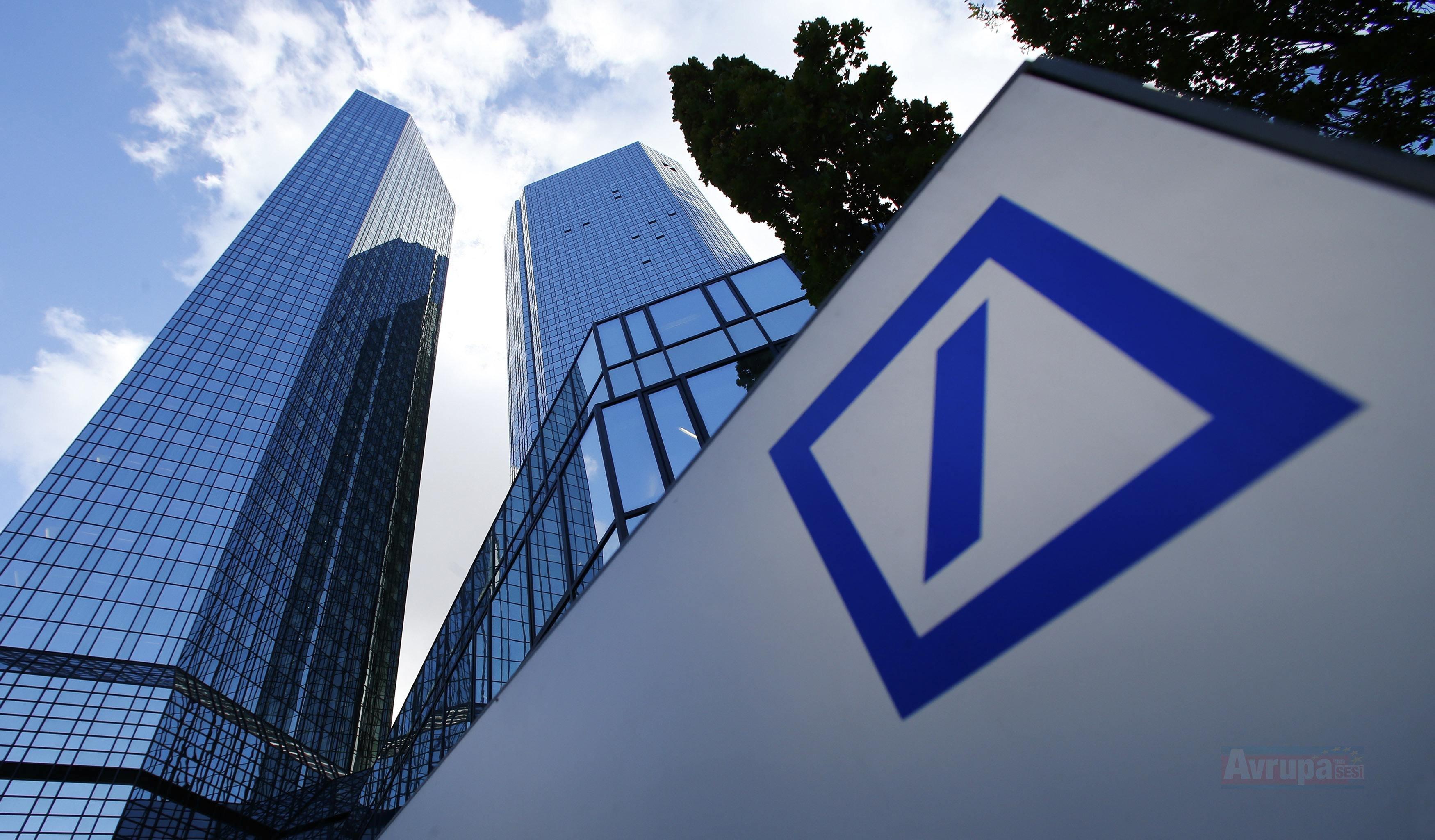 Deutsche Bank sermaye oranını yükseltti