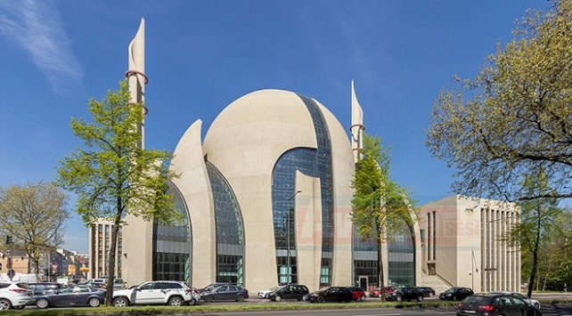 Almanya imamlara Almanca şart koşuyor