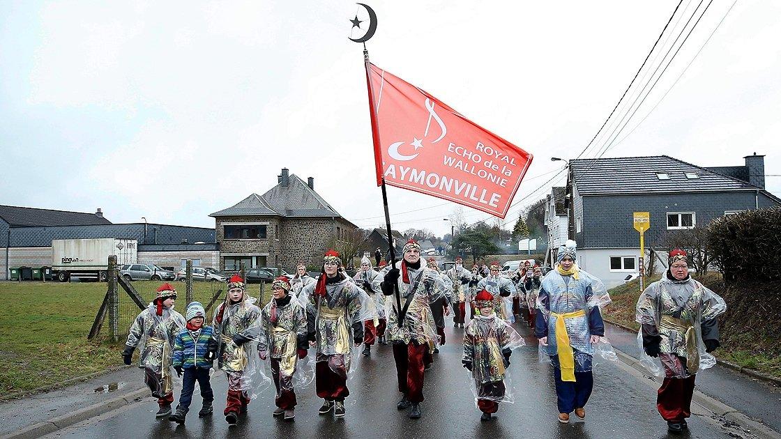 Belçika'nın 'Türk köyü'nde karnaval coşkusu yaşandı