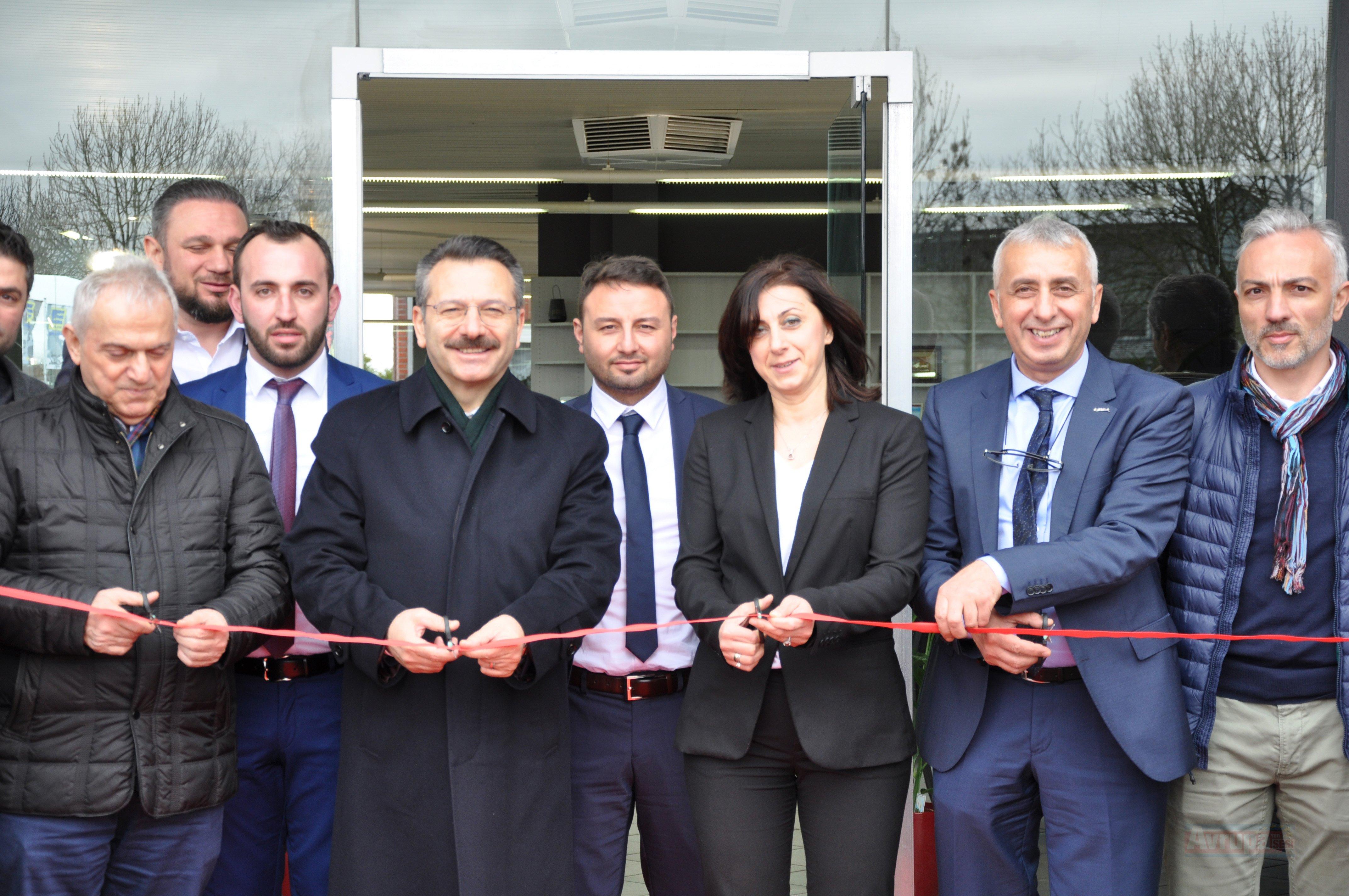 Kocaeli Valisi Aksoy, Almanya'da açılış ve ziyaretlerde bulundu
