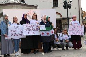 Kuzey Makedonya'da Suriye'deki tutuklu kadın ve çocuklara destek eylemi