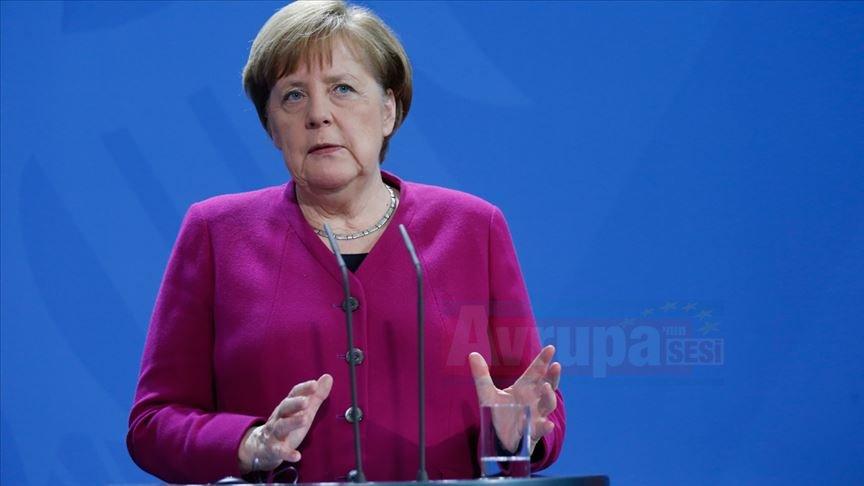'Avrupa savunma politikası NATO'nun yerine geçmez