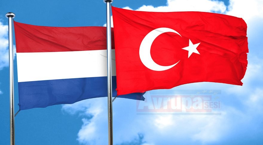 Türkiye ve Hollanda arasındaki siyasi istişareler toplantısı