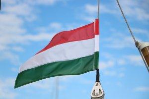 Fidesz'in EPP üyeliği askıya alındı