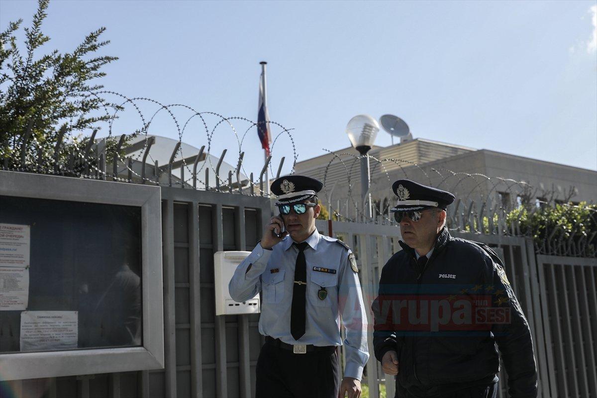 Rusya'nın Atina Konsolosluğuna bombalı saldırı