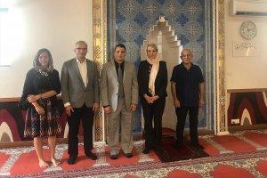Avustralya'da ana muhalefetten Türk camilerine ziyaret
