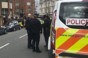İngiltere'deki cami saldırılarında 2 kişi gözaltına alındı