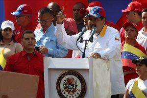 Maduro kabine değişikliğini açıklayacak