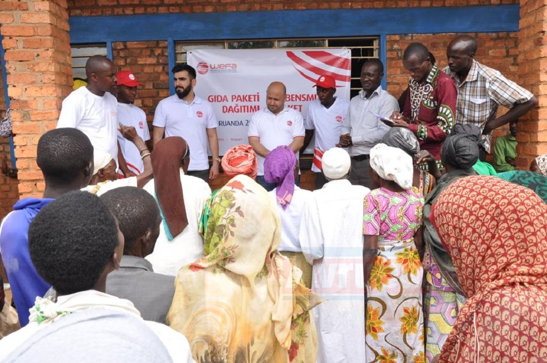 Ruandalı Müslümanlara WEFA'dan Zekât ve Gıda Yardımı