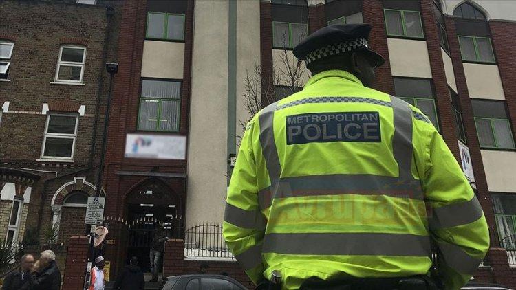 İngiltere'de İslami eğitim veren okula saldırı yapıldı