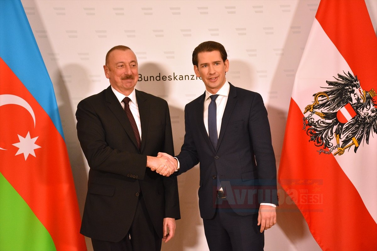 Aliyev ve Kurz Avusturya'da görüştü