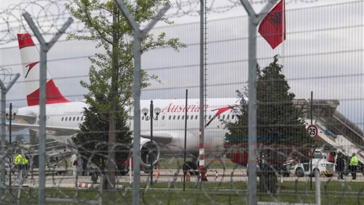 Arnavutluk'ta havalimanında silahlı soygun