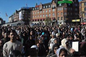 Danimarka Müslümanları sokaklarda