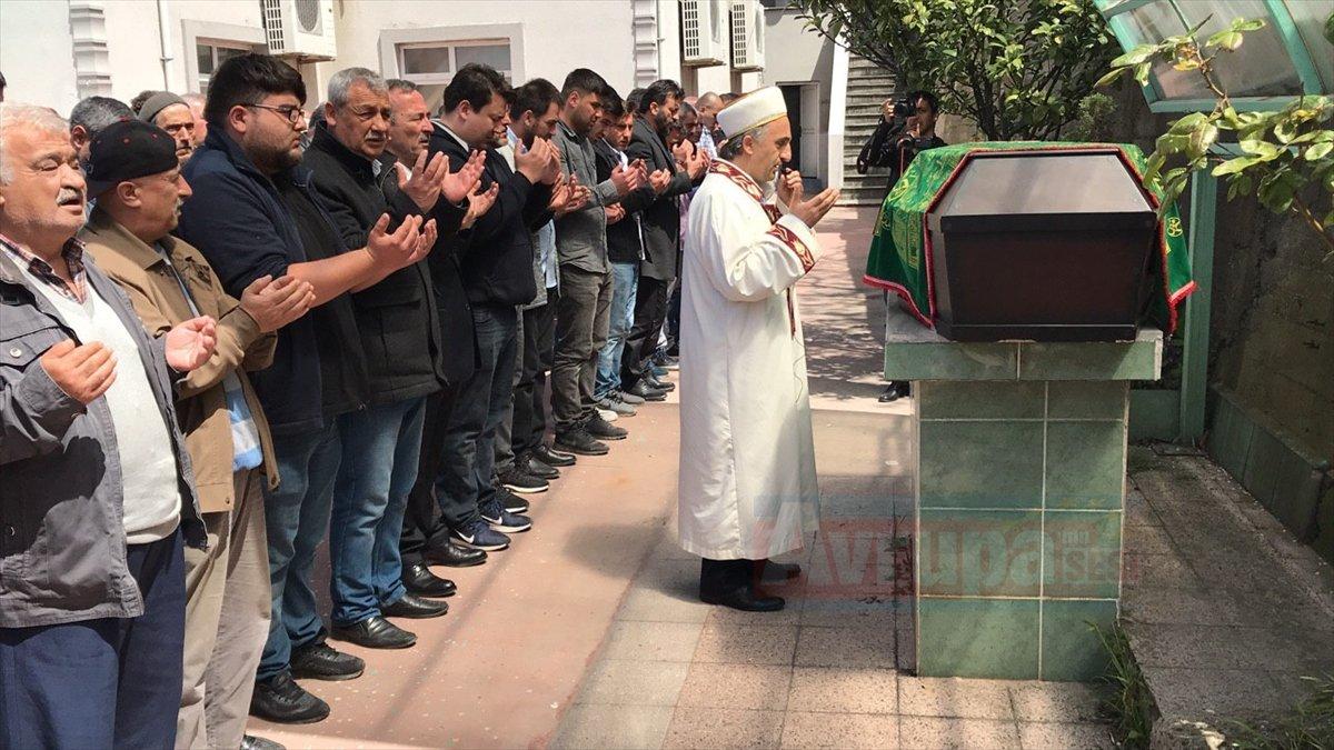Almanya'da üç Türk gencinin trafik kazasında ölümü