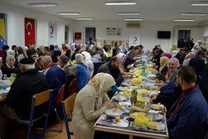 Türk Kızılay Srebrenitsa'da iftar verdi