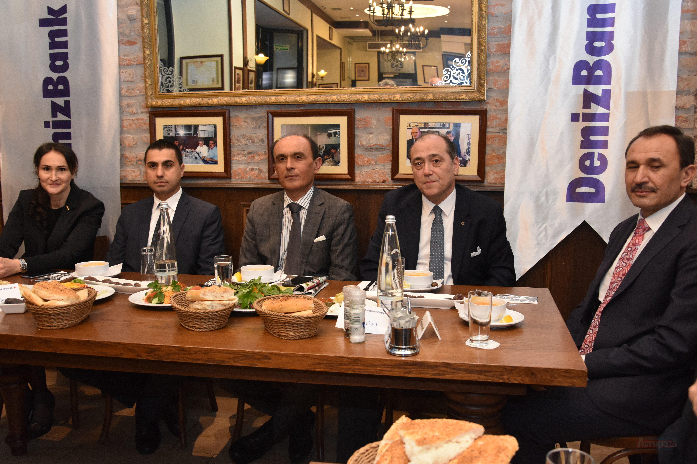 DenizBank AG iş ve siyaset dünyası iftarda buluştu