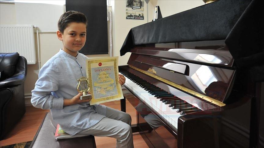 Küçük piyanist ilk yarışmasında Avrupa birincisi